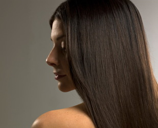 Wondering why your tresses or beard seem to be stuck in a rut of slow growth? Find out how fast does hair grow and discover a few tips on helping it grow faster.
