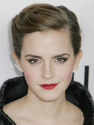 Emma Watson Growing Out Pixie Cut