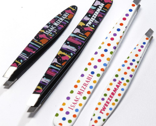 Check out the five piece Tweezerman and Isaac Mizrahi limited edition collection set to be launched this August.