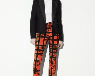 Rebellious vibes define the new McQ Alexander McQueen collection for resort 2014. Browse through the line's best looks.