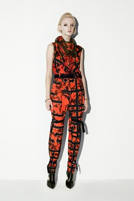 Mc Q By Alexander Mc Queen Resort 2014 Collection Look  2