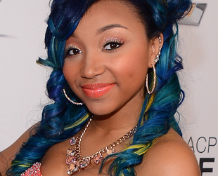 Teenage girl group OMG Girlz is famous for both the catchy singles and the girls' fun and colorful style. Find out more about the OMG Girlz hairstyles and colors.