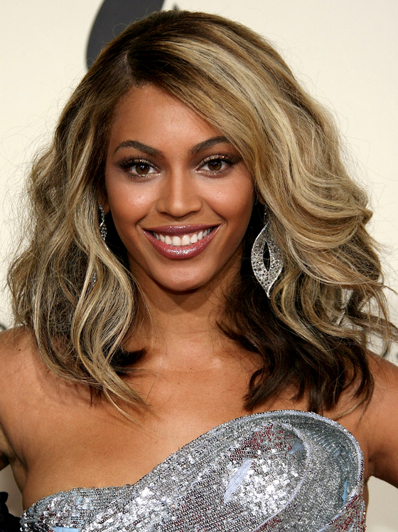 Beyonce blonde highlights