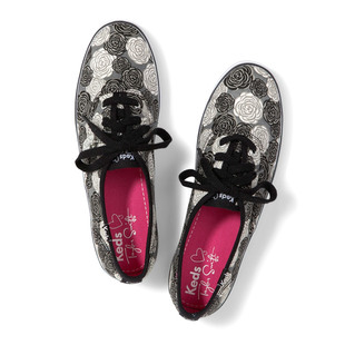 Taylor Swift For Keds 2013 Sneakers Look  12
