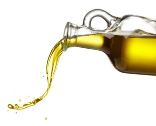 The oil cleansing method is a treatment for acne and oily skin that uses... oils. If that sounds counter intuitive, learn more about the oil cleansing method.