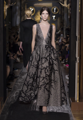 Valentino Haute Couture Fall Winter 2013 Collection 12