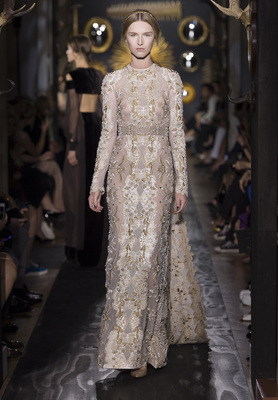 Valentino Haute Couture Fall Winter 2013 Collection 15
