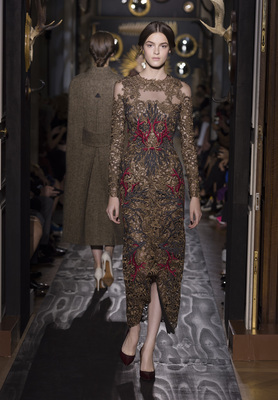 Valentino Haute Couture Fall Winter 2013 Collection 4