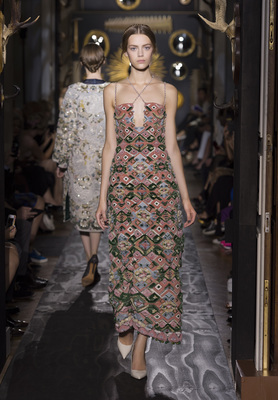 Valentino Haute Couture Fall Winter 2013 Collection 6
