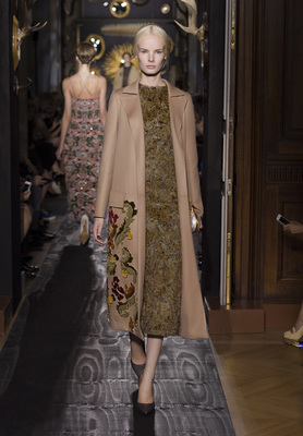 Valentino Haute Couture Fall Winter 2013 Collection 7