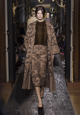 Valentino Haute Couture Fall Winter 2013 Collection 8