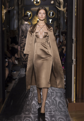 Valentino Haute Couture Fall Winter 2013 Collection 9