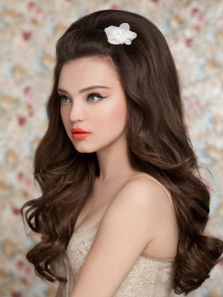 Wedding hairstyles for long hair: half ups