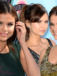 2013 Teen Choice Hairstyles: Best Celeb Looks