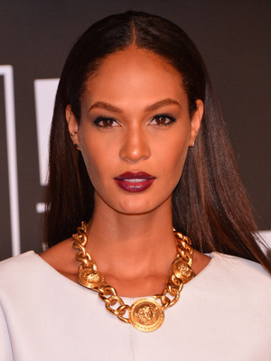 Joan Smalls Long Straight Hairstyle