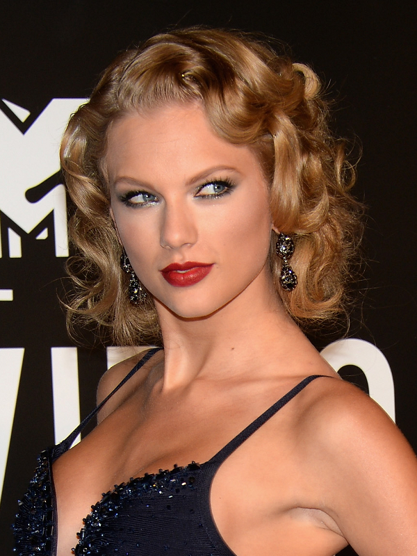 Taylor Swift Old Hollywood Hairstyles