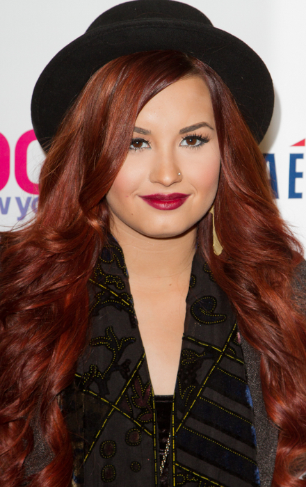How to Get Demi Lovato's Hairstyle