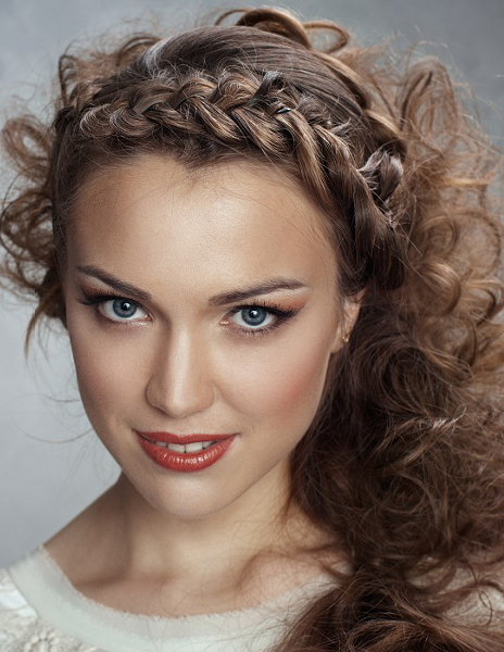 How to Braid Hair with Photo
