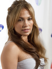 Best Jennifer Lopez Hairstyles with Bangs