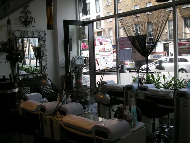 Vy Nails Salon London