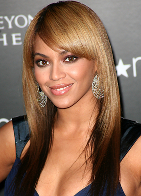 Beyonce Sleek Straight Hairstyle With Bangs