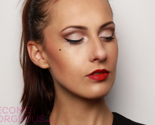 Try one of the most flattering makeup styles for chic daytime or evening looks. Follow this step by step pin-up makeup video tutorial with photos to nail the look!