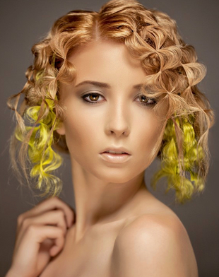 Blonde Hair Color Idea For Tanned Skin