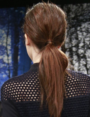 Textured Low Pony Charlotte Ronson