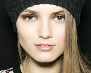 Don't let the new season catch you unprepared! Check out the hottest makeup trends for fall/winter 2013 and start planning your new season makeover.