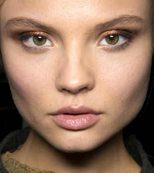 Metallic Eyeshadow Trend