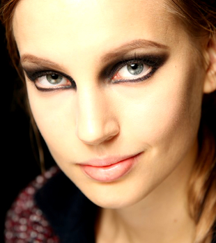 Runway Smokey Cat Eyes Makeup