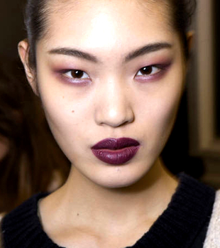 http://static.becomegorgeous.com/img/arts/2013/8/makeup-trends-for-fall-winter-2013-2014/embedded_wine-colored-lip-trend.JPG
