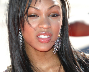 Meagan Good is a beautiful actress that sported gorgeous long locks for most of her career, before going for shorter cuts. Get inspired by Meagan Good hairstyles!