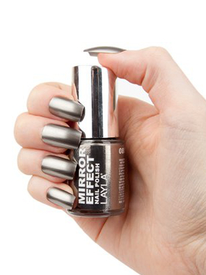 Layla Mirrored Nail Polish