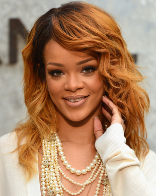 Rihanna Wavy Long Hairstyle