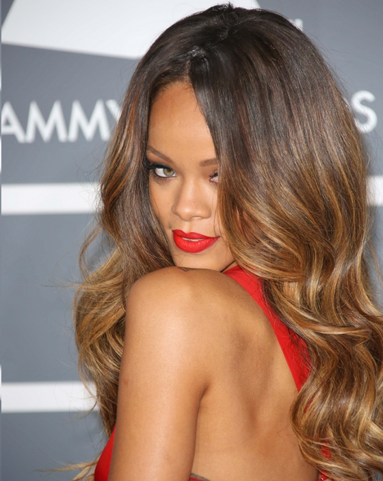 Pictures Rihanna Long Hairstyles Rihanna Glam Waves