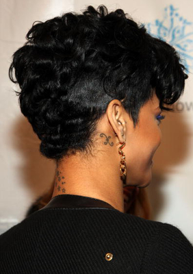 Back Of Rihannas Short Hair