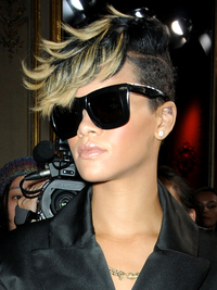 Rihanna Mohawk With Blonde Hihlights