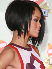 Side View Of Rihannas Bob Haircut