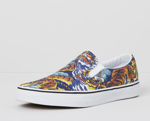 The fifth collaboration between Vans x Kenzo brings several interesting options for the fall/winter 2013 season. Have a look.