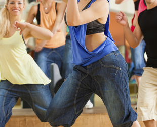 Zumba is a fun, high-energy workout alternative that blends upbeat music with cardio-dance, so picking the right clothes to wear for your Zumba class is vital.