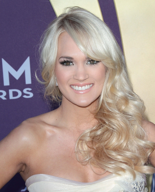 Carrie Underwood Side Swept Curly Hairstyle