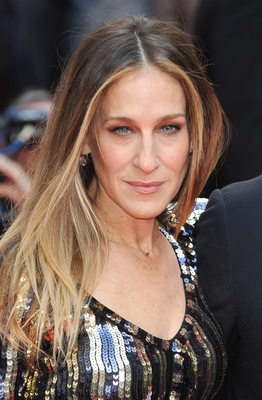 Sarah Jessica Parker Long Face Shape And Layered Hairstyle