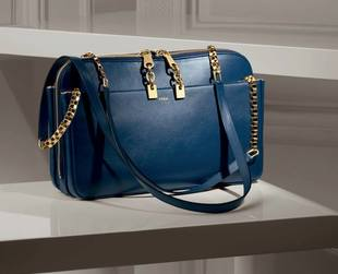 Did you get the chance to see the new season accessories from Chloe? If not, take a look!