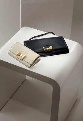 Bobbie Wallet And Clutch From The Chloe Fall 2013 Accessories Collection