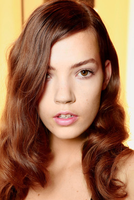Glam Loose Hairstyle Nyfw Ss 2014
