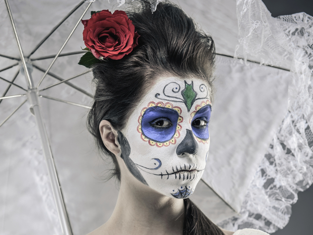 Sugar Skull Makeup Idea For Halloween