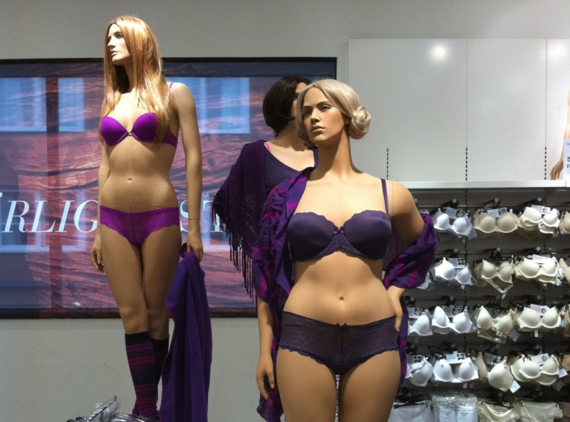 Plus size mannequins controversial or simply great