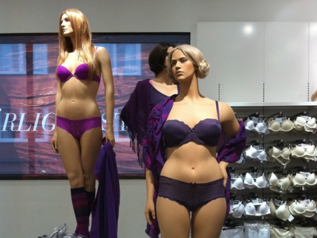 Plus Size Mannequins: Controversial or Simply Great?