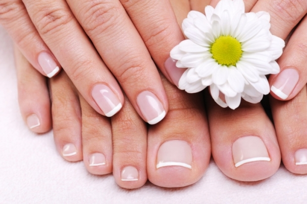 Grow Nails Fast: Natural Oils for Nail Growth